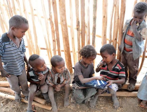 Resultado de imagem para crianças etiopes